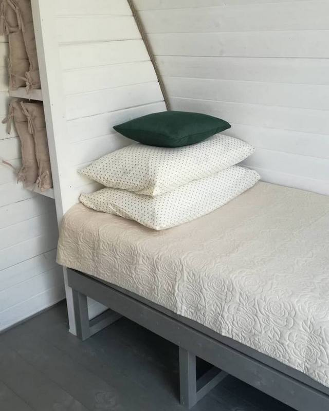 Vienvietīga gulta